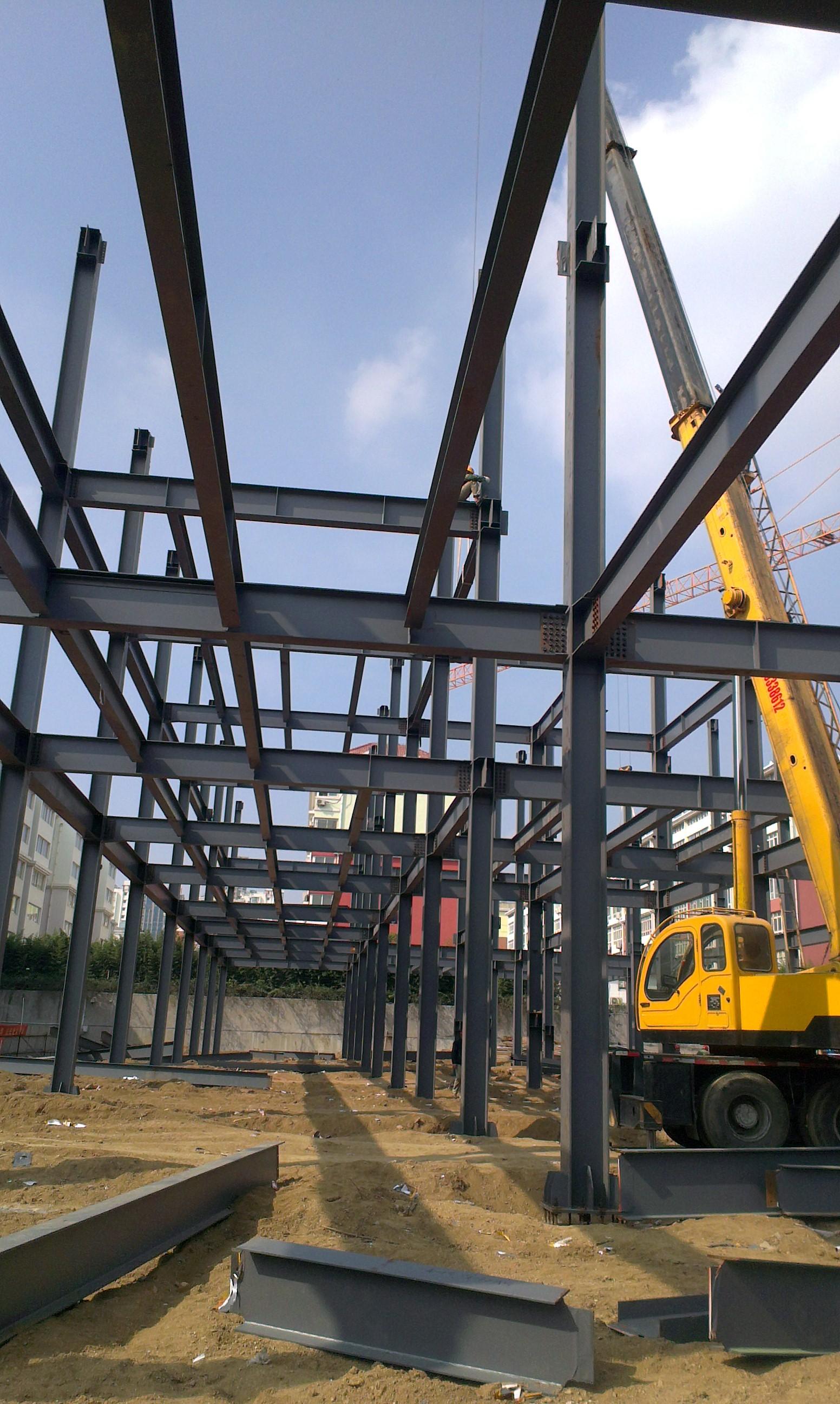 钢结构厂房施工工程_重庆钢结构公司--重庆擎天钢构